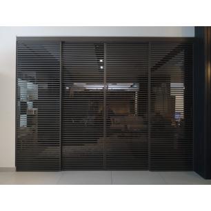 Drzwi przesuwne z profilem maskujacym Stripe
